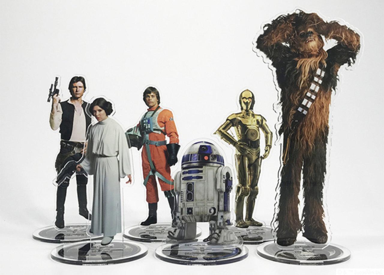 ▲左上からハン・ソロ、レイア・オーガナ、ルーク・スカイウォーカー、 R2-D2、 C-3PO 、チューバッカ ※キャラクター高さ(約)平均129mm/最大176mm/最小83mm
