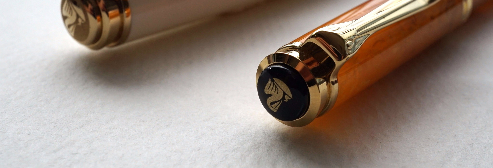 色の持つパワーを実感する万年筆。PELIKAN(ペリカン)スーベレーンM320、M600。_image