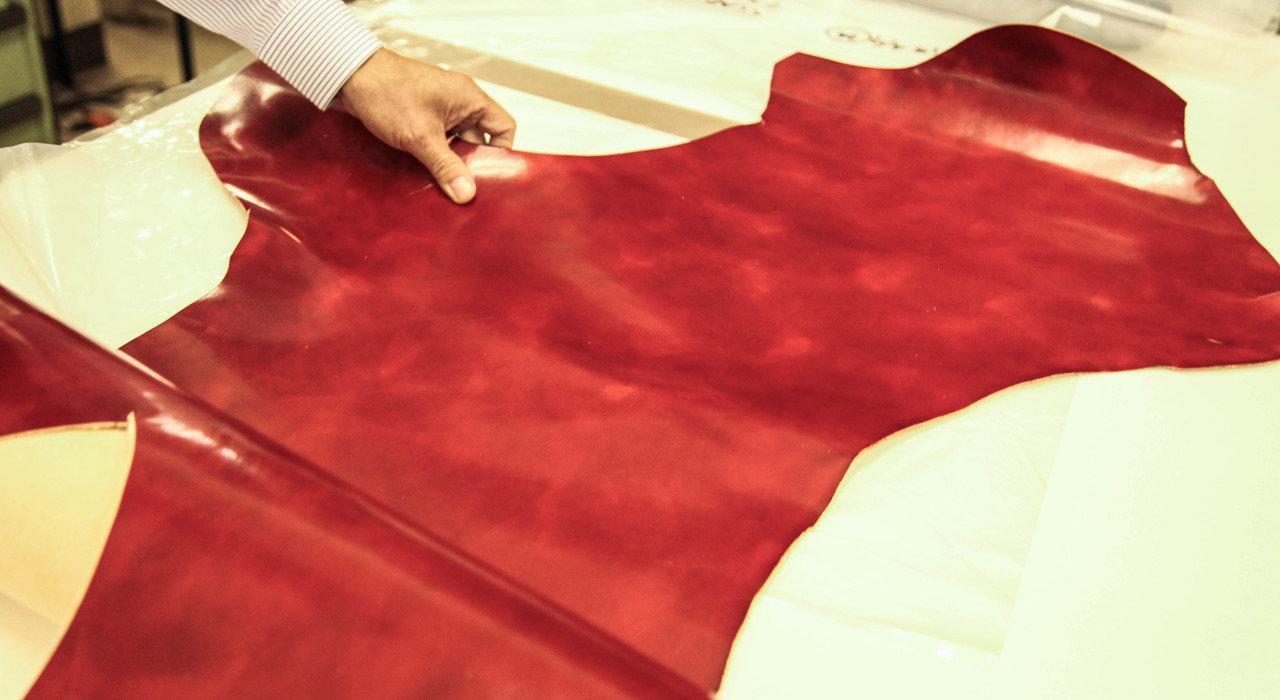 革の仕上げ三種類。ヌメ革、アニリン仕上げそして顔料仕上げの特徴とは。_image