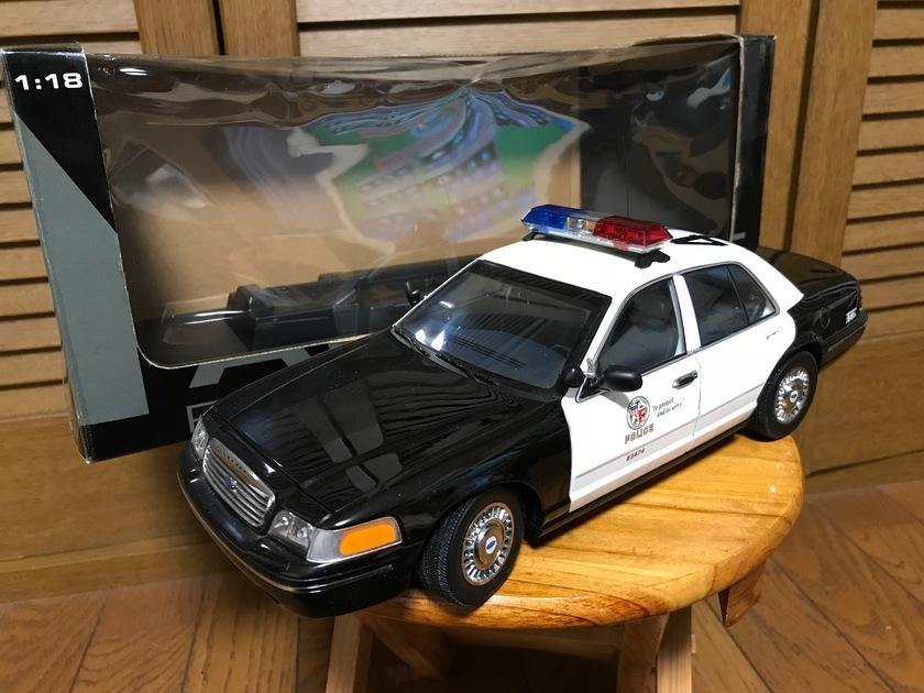 ford crown victoria police interceptor lapd オートアート製