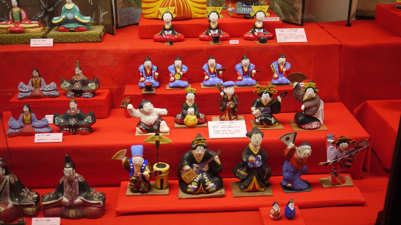 6号館の特別展で展示されていた全国の「ひな人形」。各地の伝統職人の技術を感じることができます