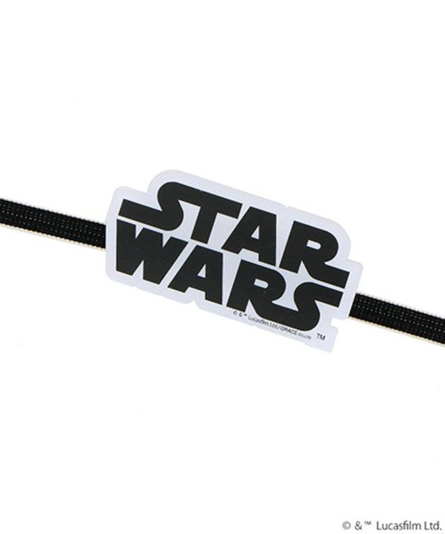 STAR WARS 帯留めブローチ各1,800円(税抜)。ブローチとしても使える2Wayタイプ。