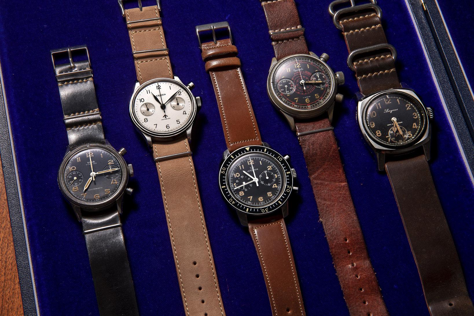 萩原さんは数多くのアンティーク時計を所有している