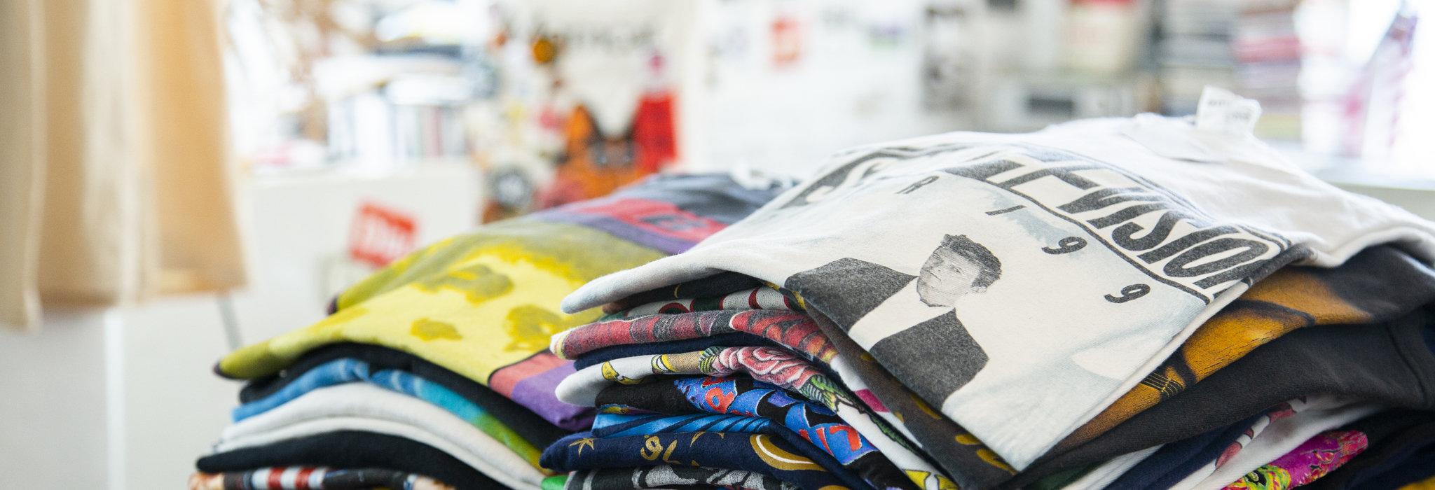 最高のコミュニケーションツールであり、宝物でもある。バンドTシャツは、単なるお土産じゃない。_image