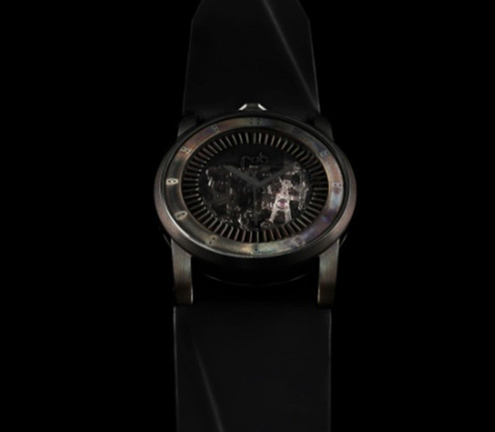 R413-101  Skelton vintage dial 41.3mm 150,000円+税