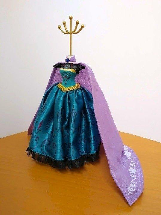 戴冠式エルサのドレススタンド , ディズニー