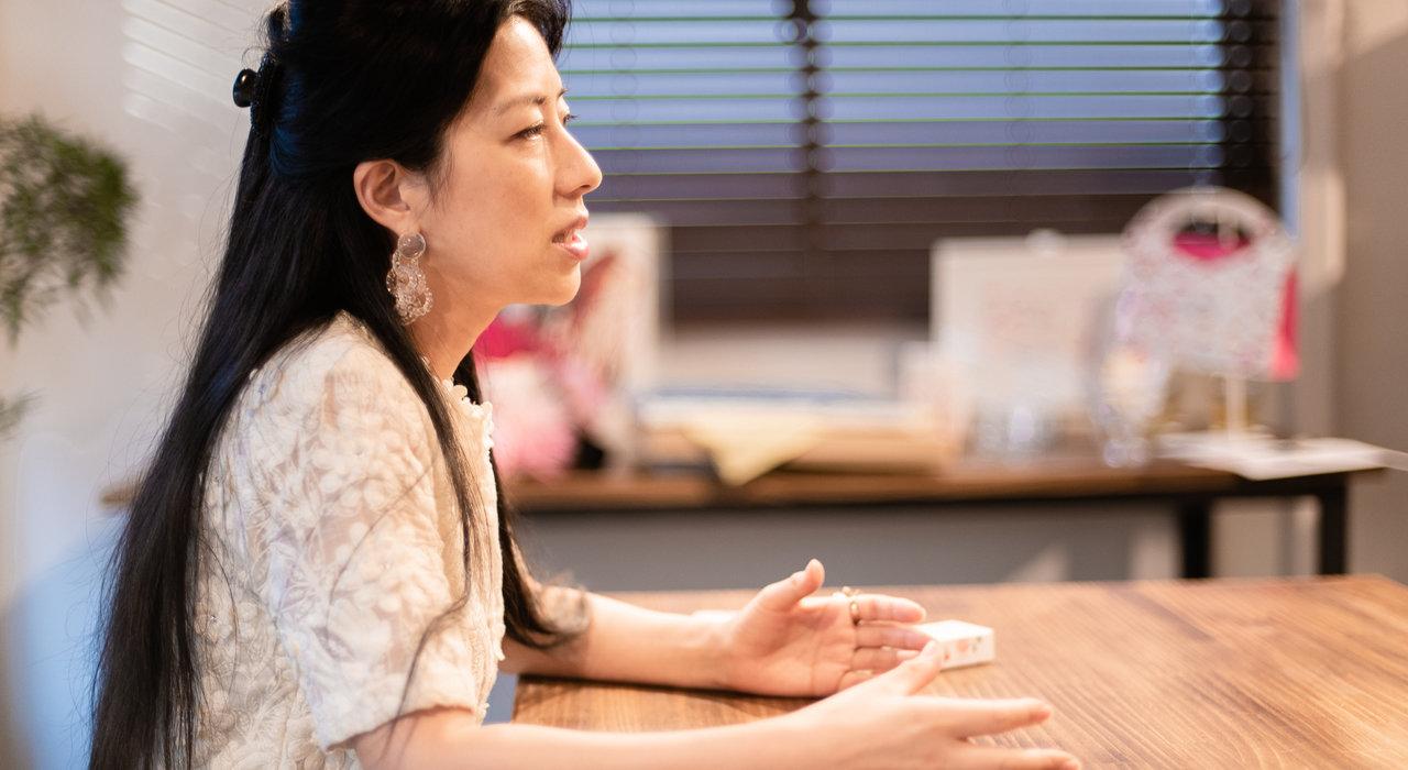 観るのと買うのは、世界が違う。笹川直子さんは、現代アートに育てられた_image