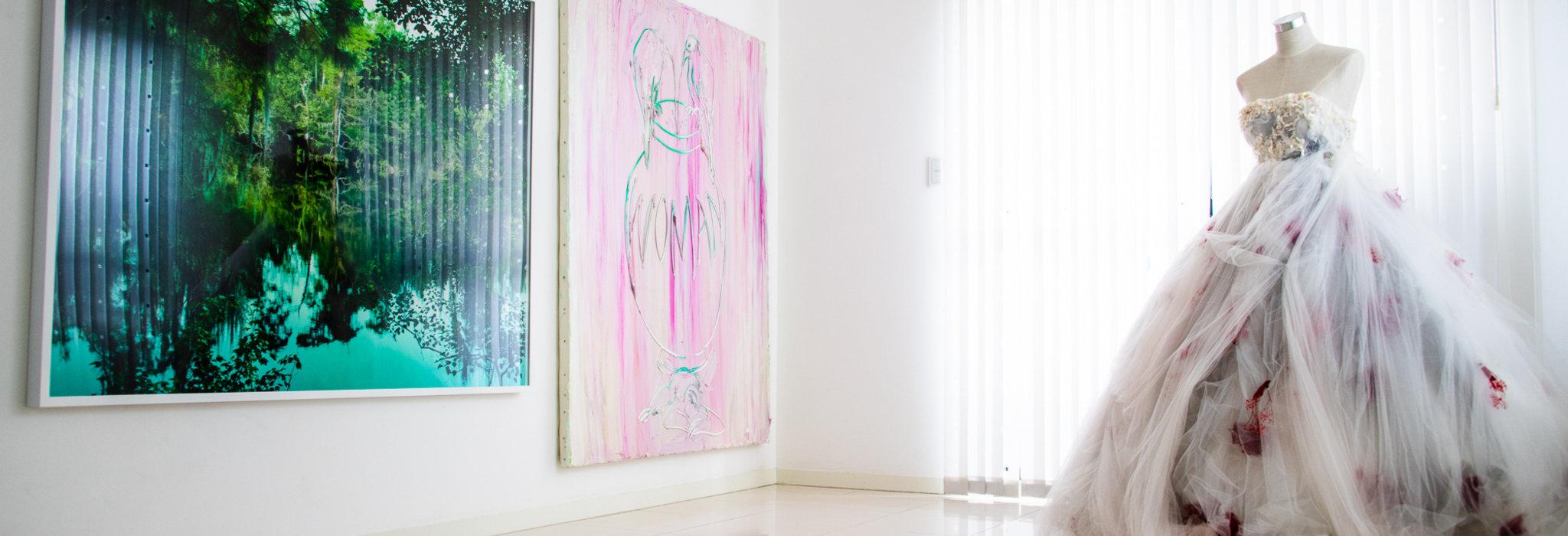 同時代の作家はライバル。「外向的」アート・コレクター小松隼也さんの当事者目線とは。_image