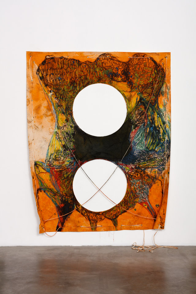 Naotaka Hiro Untitled (Two Legs Horizontal) 2016 Canvas, Fabric Dye, Oil Pastel, Rope, Grommets 274.32 x 213.36 cm Photo: Fredrik Nilsen