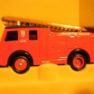 Urban Firefighter TNT Tool By 21st Century Toys 1//6th Scale Action Figure