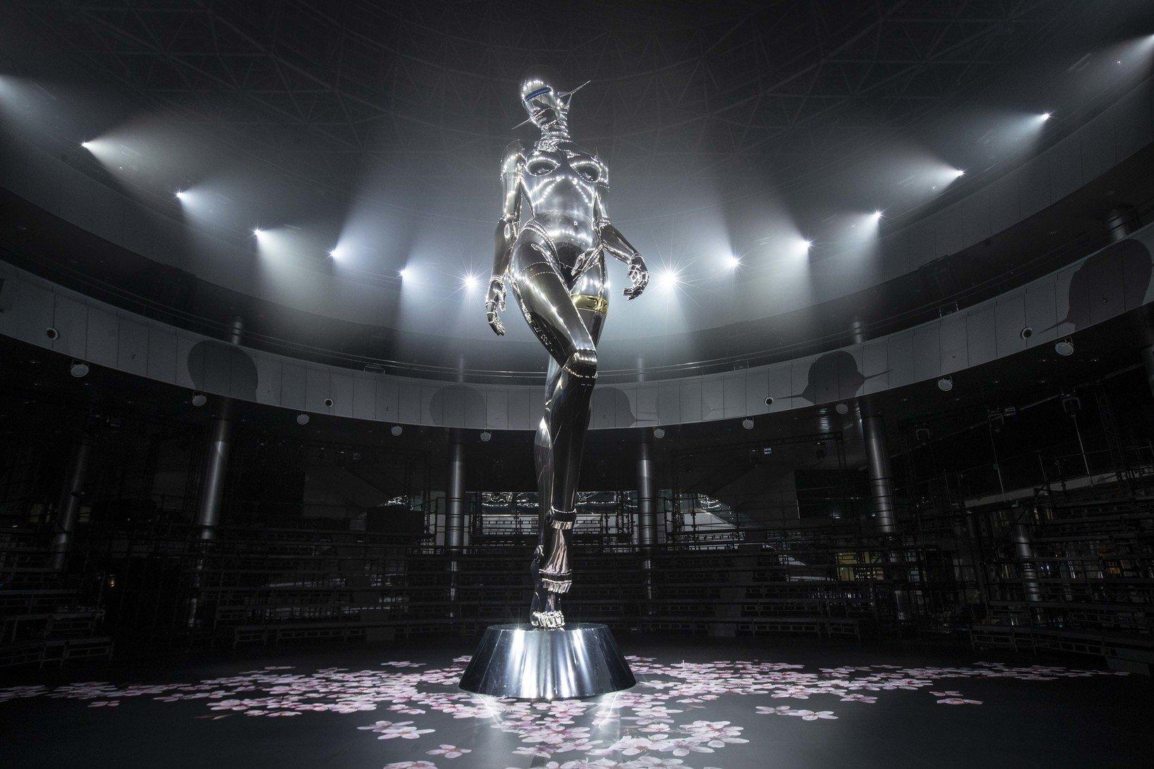 Dior 2019年プレフォール コレクションショー©Alessandro Garofalo