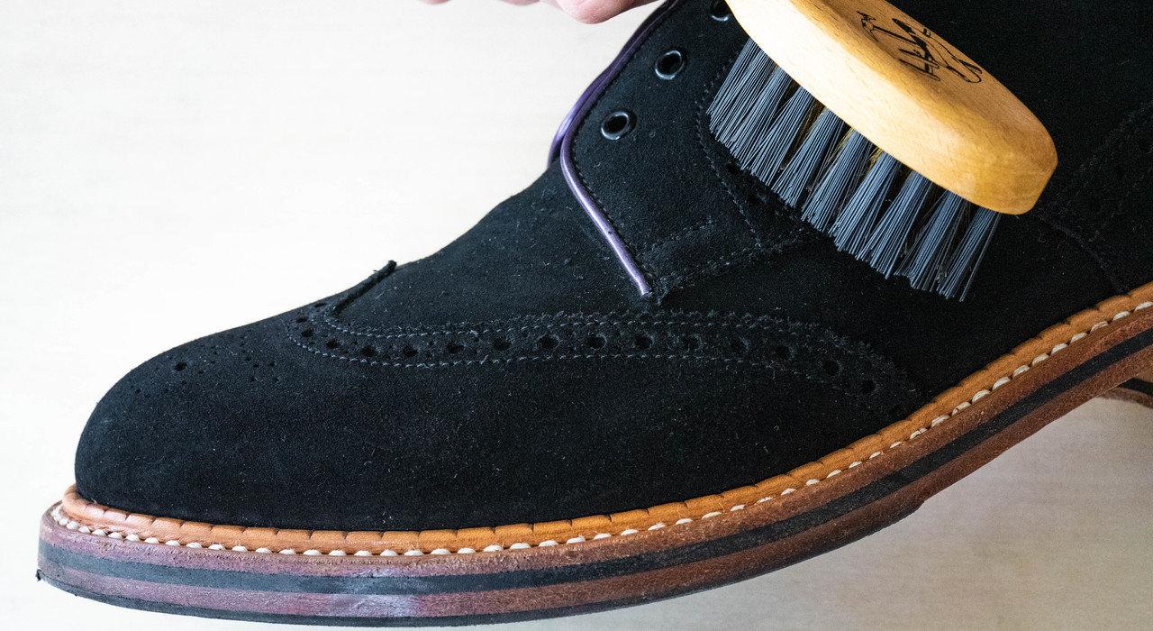 初心者でも簡単!スエード靴のお手入れ手順_image