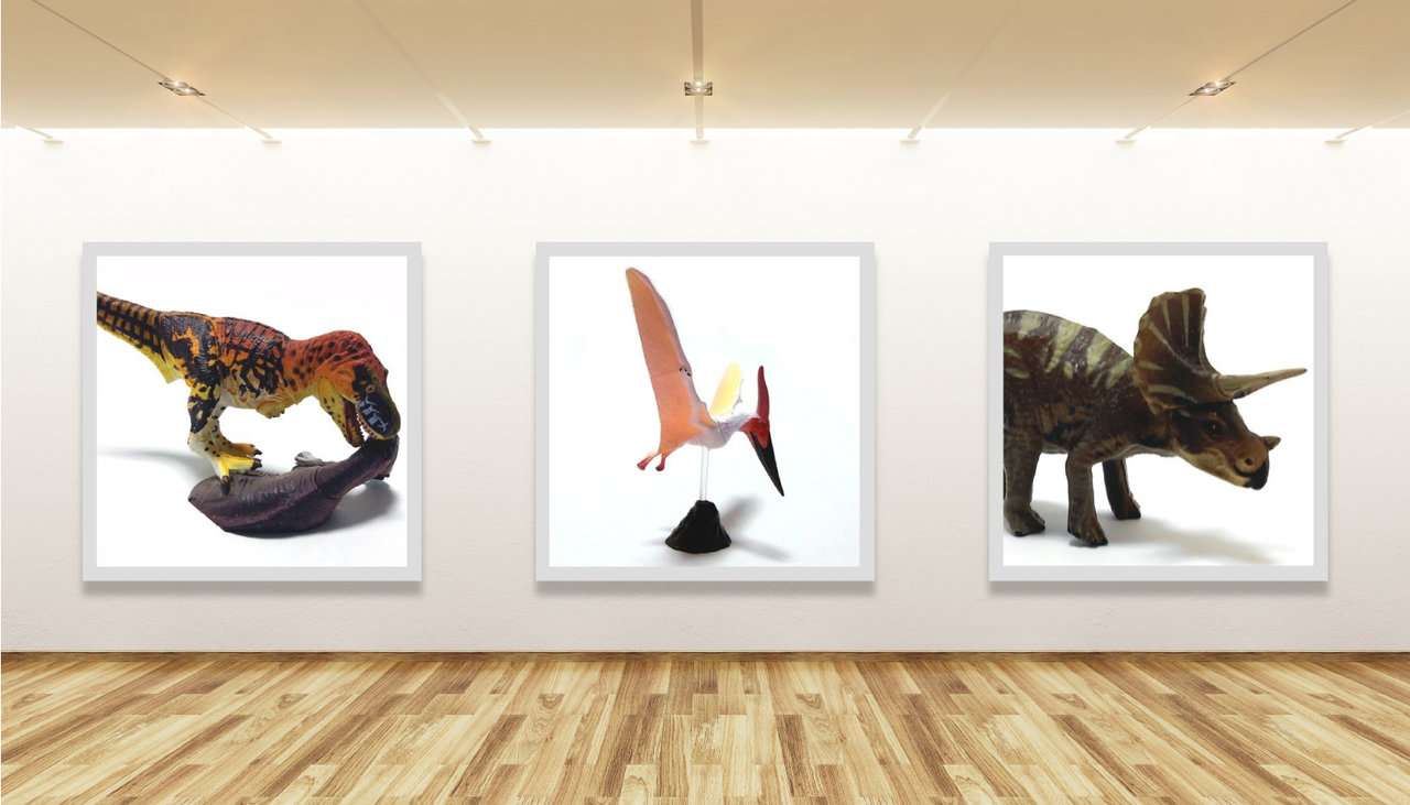 左からティラノサウルスvsトリケラトプス(SIDESHOW)、プテラノドン(海洋堂)、トリケラトプス(フルタ)