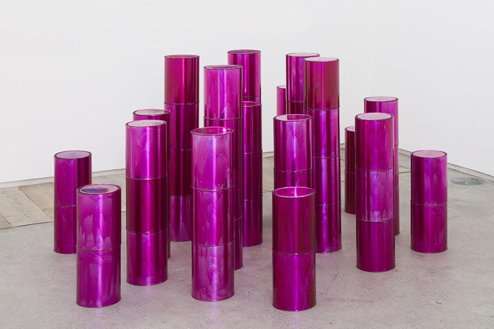 山崎つる子, Tin Cans, 2004 © Tsuruko Yamazaki, courtesy of LADS Gallery, Osaka and Take Ninagawa, Tokyo. Photo by Kei Okano
