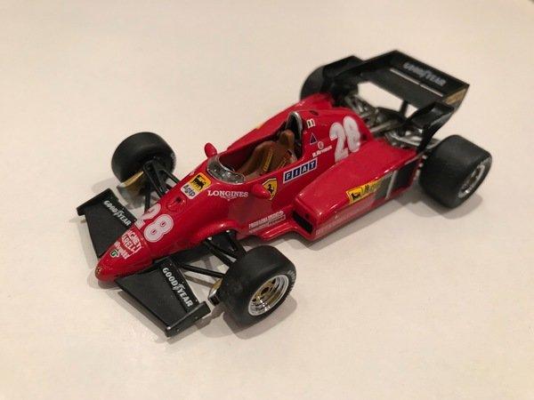 フェラーリ 126C4 1984年 ルネ・アルヌー - フェラーリ・ミニカー | MUUSEO