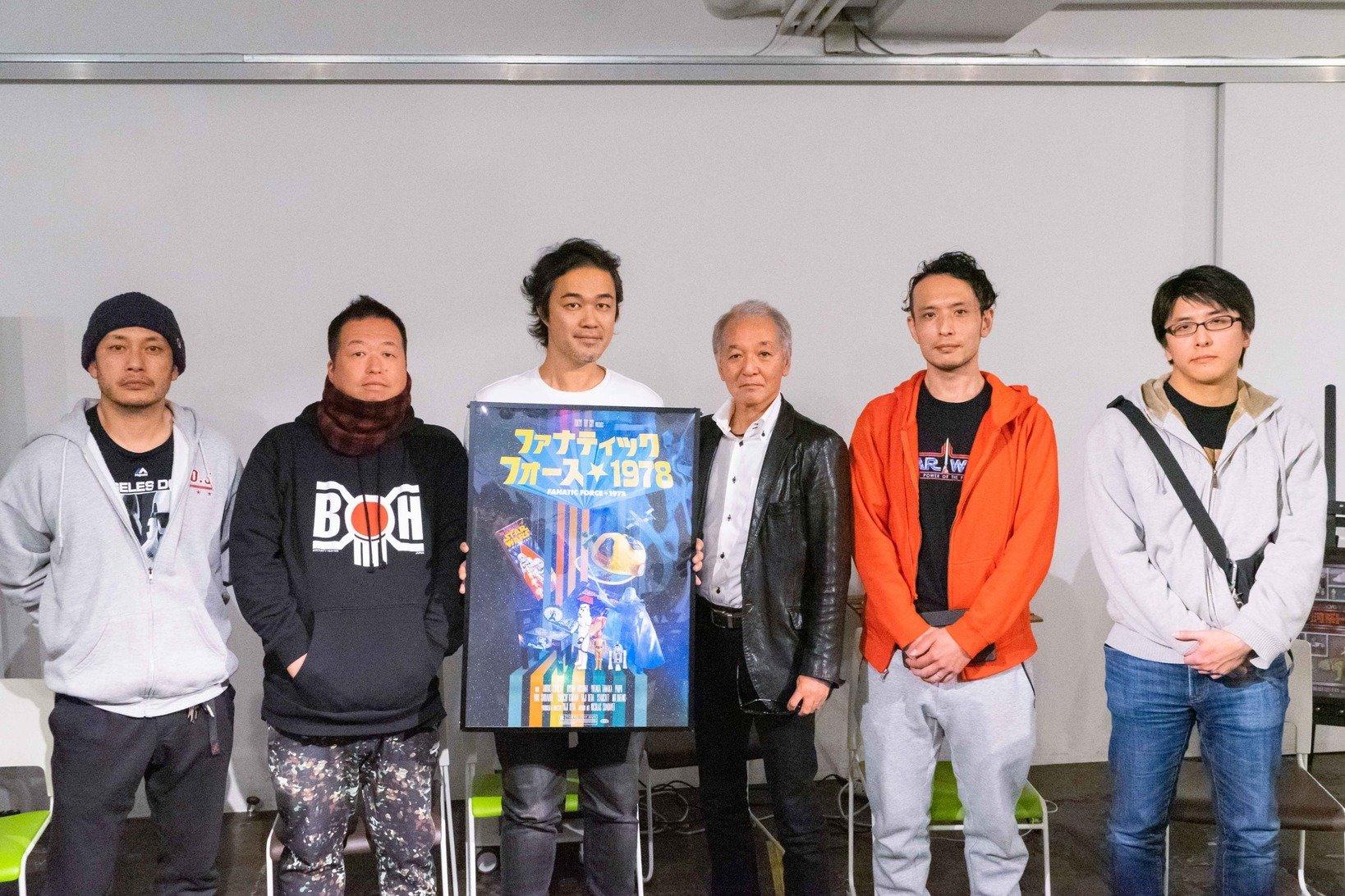 写真・左から木村さん、STARCOTTさん、上田さん、大滝さん、龍馬さん、菊池さん。