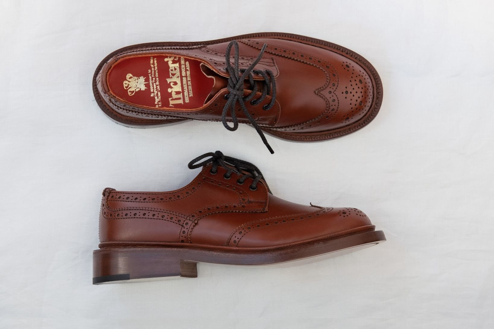「<a href=http://www.trickers-store.jp/shopdetail/000000000117/women/page1/recommend/ target='_blank'>ANNE</a>(L5679)」¥75,000+税/トリッカーズ青山店