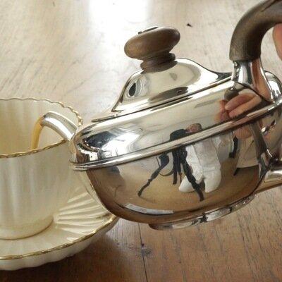 シルバーのティーセット。ひとりで姿勢を正し、紅茶を味わいたくなる相棒_image