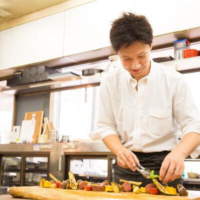 木板、フライパン、スプーン。料理人・横田渉が愛用する長く使える調理道具_image