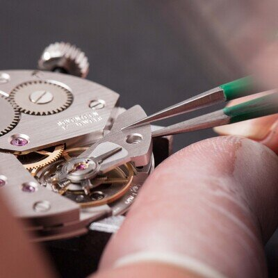 機械式時計を分解!その構造を覗いてみました_image