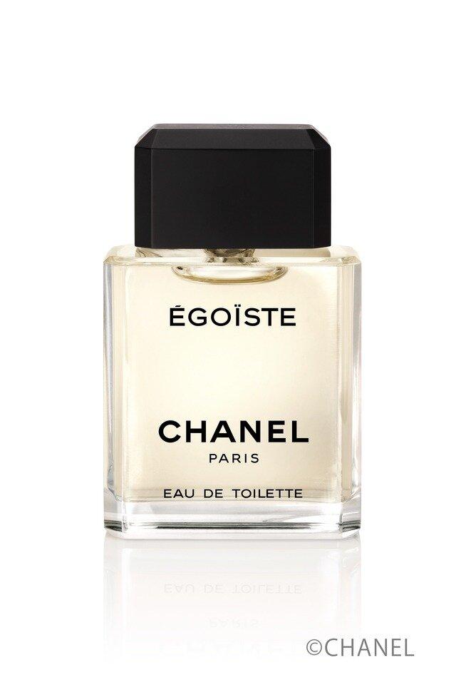 """<a href=""""https://www.chanel.com/ja_JP/fragrance-beauty/fragrance/p/men/egoiste/egoiste-eau-de-toilette-spray-p114450.html#skuid-0114460"""" target=""""_blank"""">エゴイスト</a> オードゥ トワレット[100mL]¥14,630(税込)/シャネル ※提供写真"""