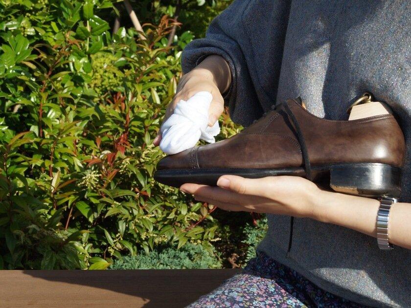 すぐに実践!革靴が輝くお手入れ手順と鏡面磨きの方法_image