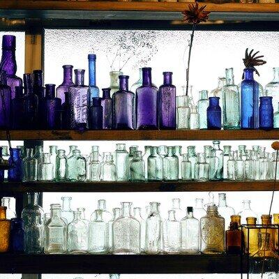 ガラス瓶で楽しむタイムスリップのすすめ|海福雑貨さんに聞くガラスのストーリー_image